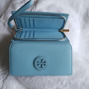 Tory Burch Other - Tory Burch Wristlet